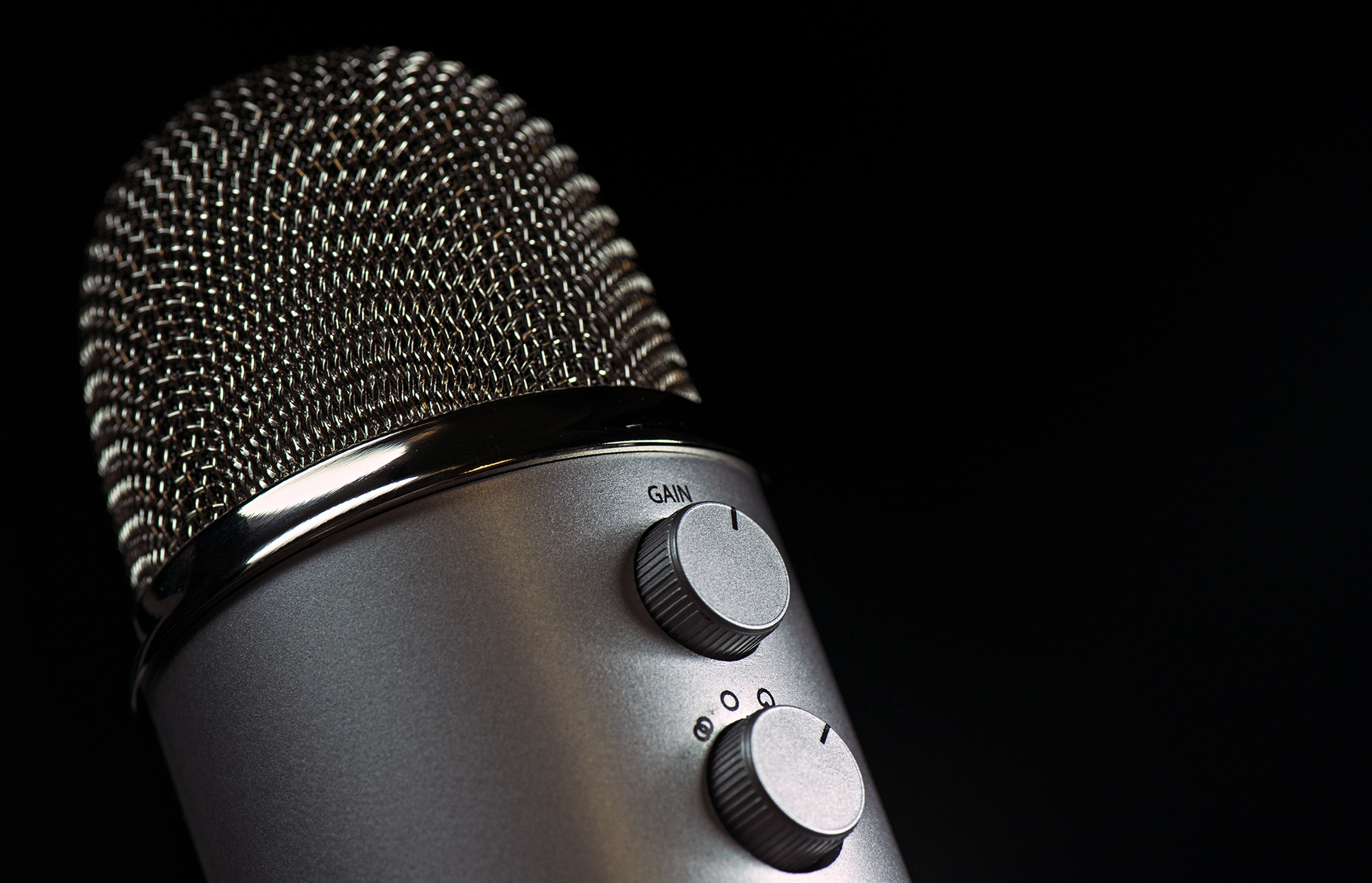 blue yeti podcast microphone