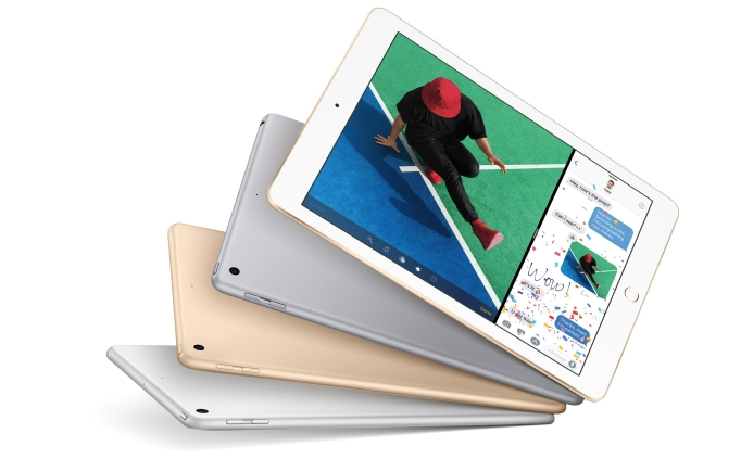 iPad-Hero-Fan_PR-PRINT.jpg